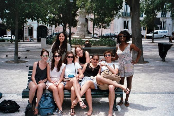 Anne-Isabelle (second row, in the middle) enjoying her vacation with the GED in Lisbon (Portugal) before the internship - May 2015