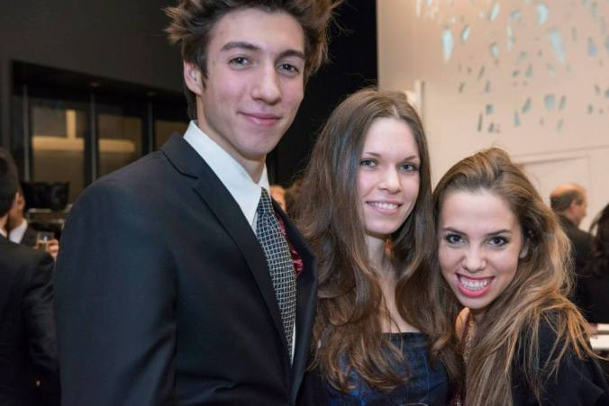 Mélissa (in the middle) with Mathieu and Salomé, two other GED3 students, at an EY event  - © Christophe Rabinovici